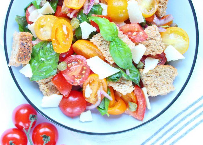 Salade | panzanella (Italiaanse broodsalade)