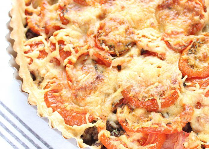 Avondeten | tomatentaart met gehakt en mosterd