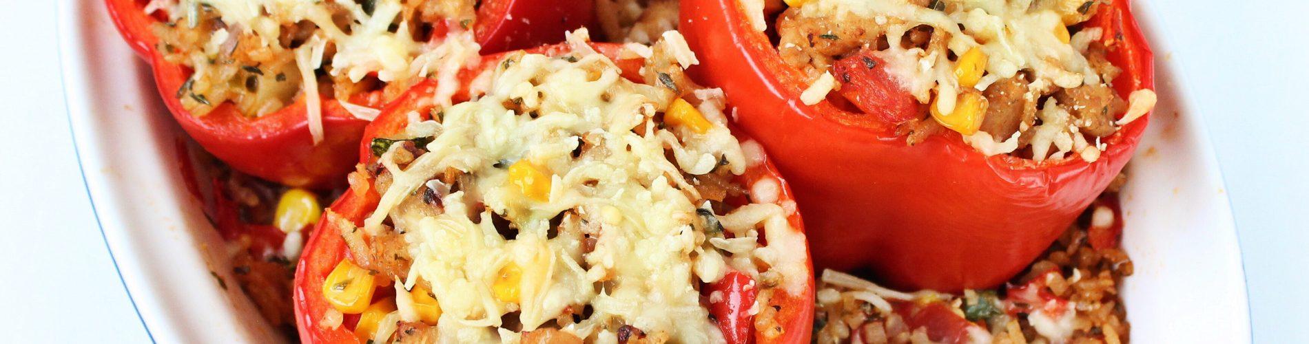 Avondeten | gevulde paprika met kipgehakt en rijst