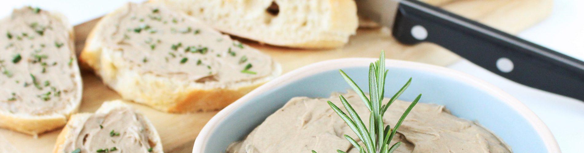 Hartige hapjes | zwarte knoflook rozemarijn boter