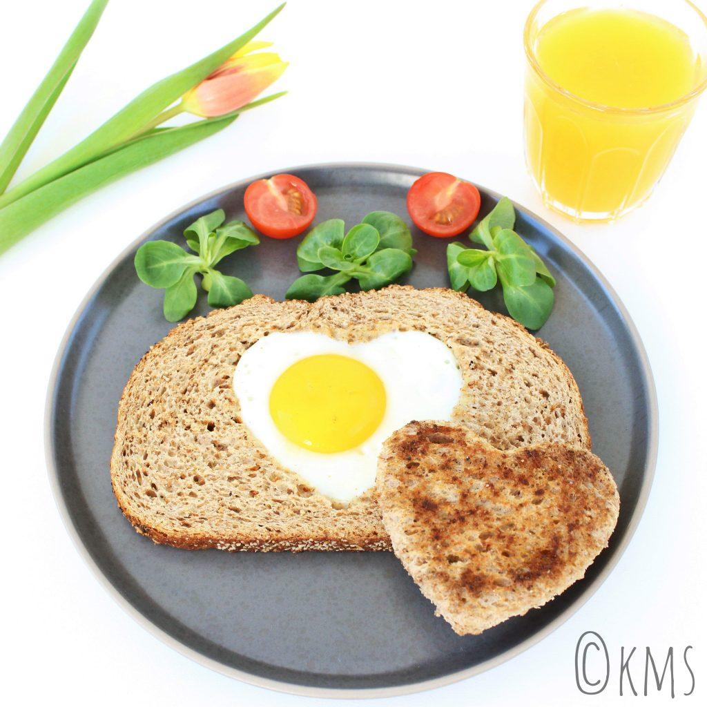 Brood | egg in the basket