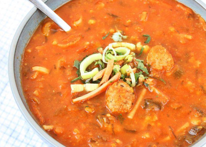 Soep | tomaten- groentesoep met balletjes