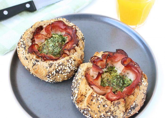 Broodjes gevuld met ei en beenham - Kokkerellen met Suus