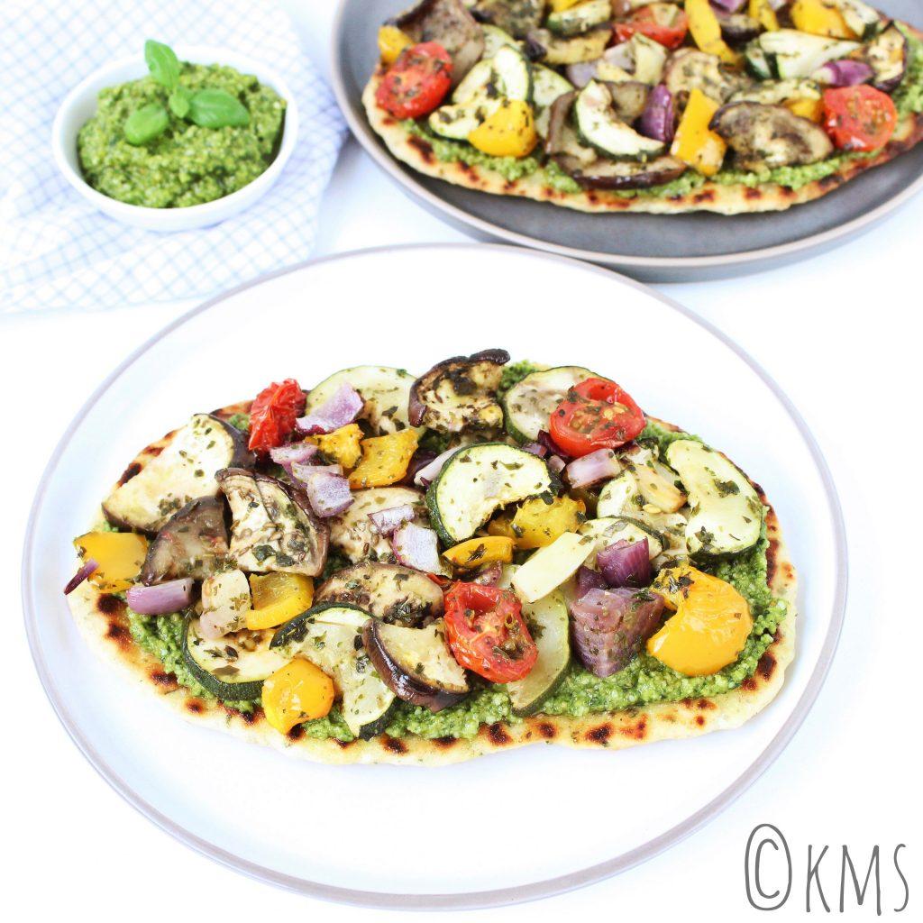 Flatbread met gegrilde groenten en pesto