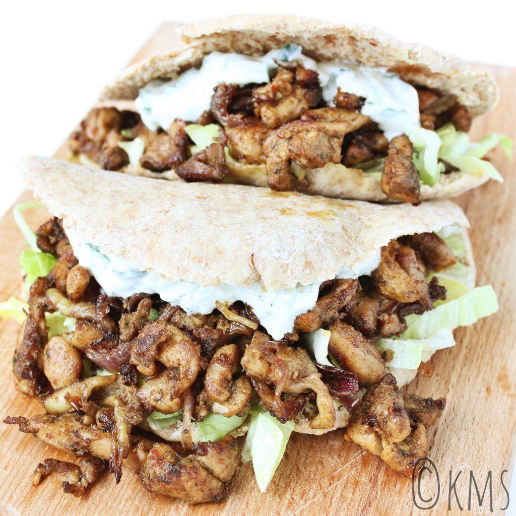 Pitabroodjes met kipshoarma en tzatziki