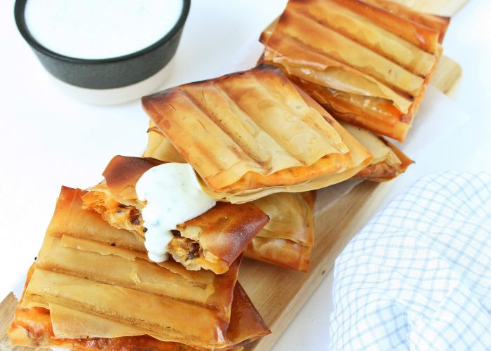 Filodeeg met gehakt, jalapeño en cheddar