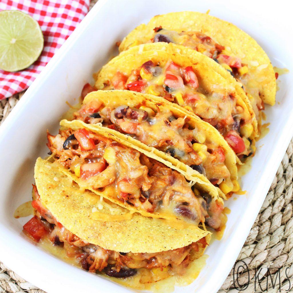 Taco's gevuld met pulled chicken