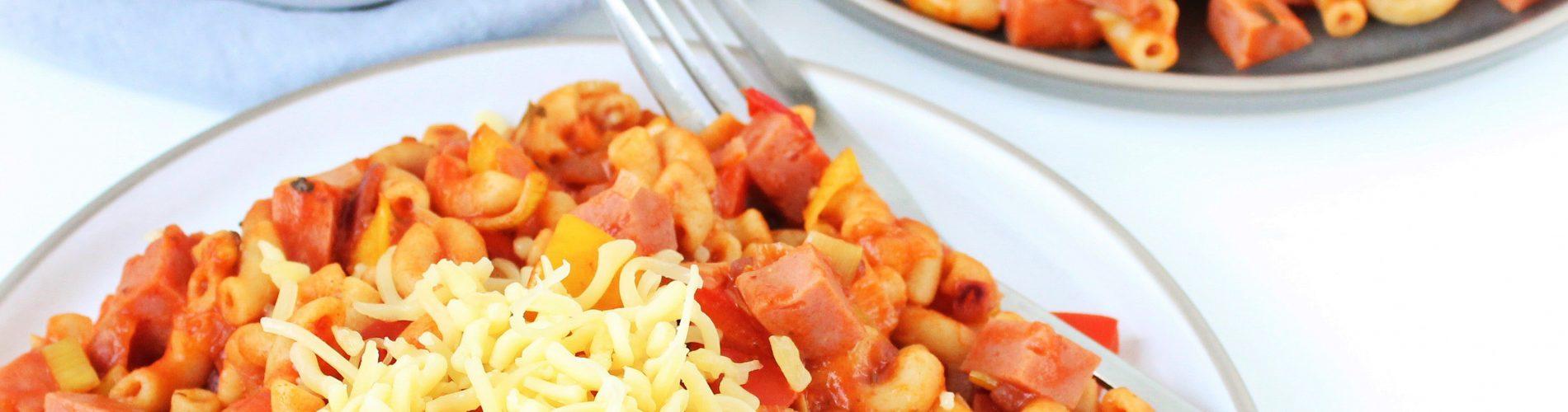 Macaroni met smac, prei en paprika
