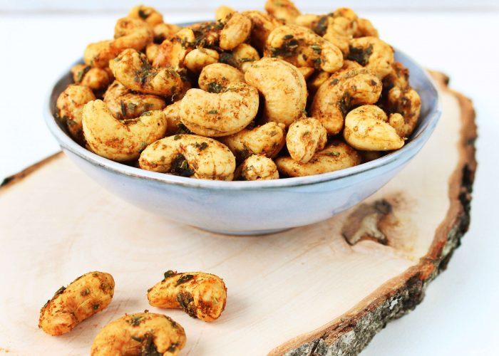 Geroosterde cashewnoten met kruiden