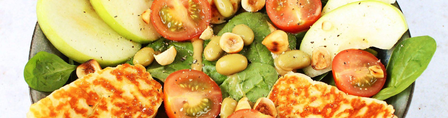 Spinazie salade met halloumi